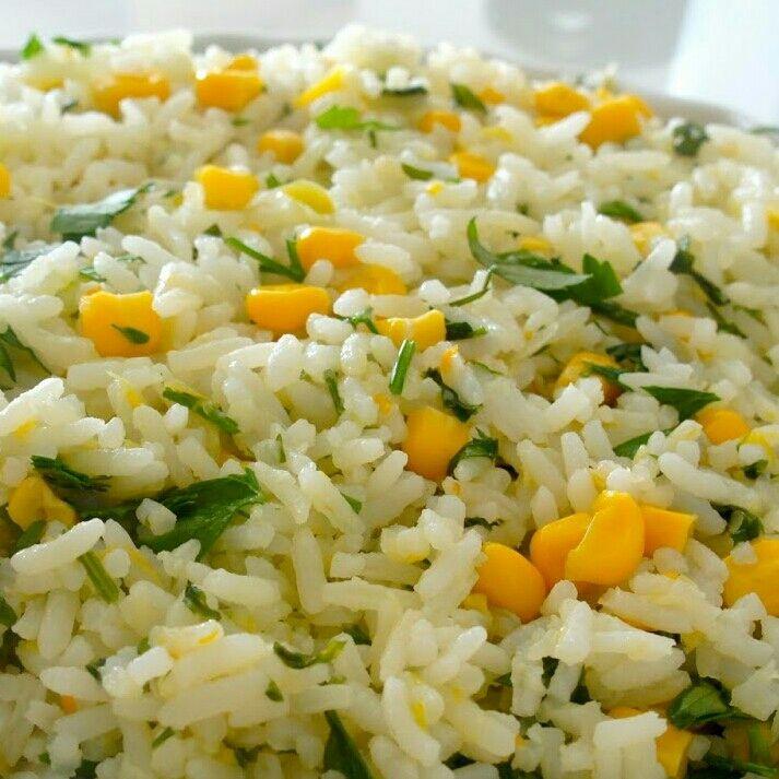 Arroz branco com milho verde