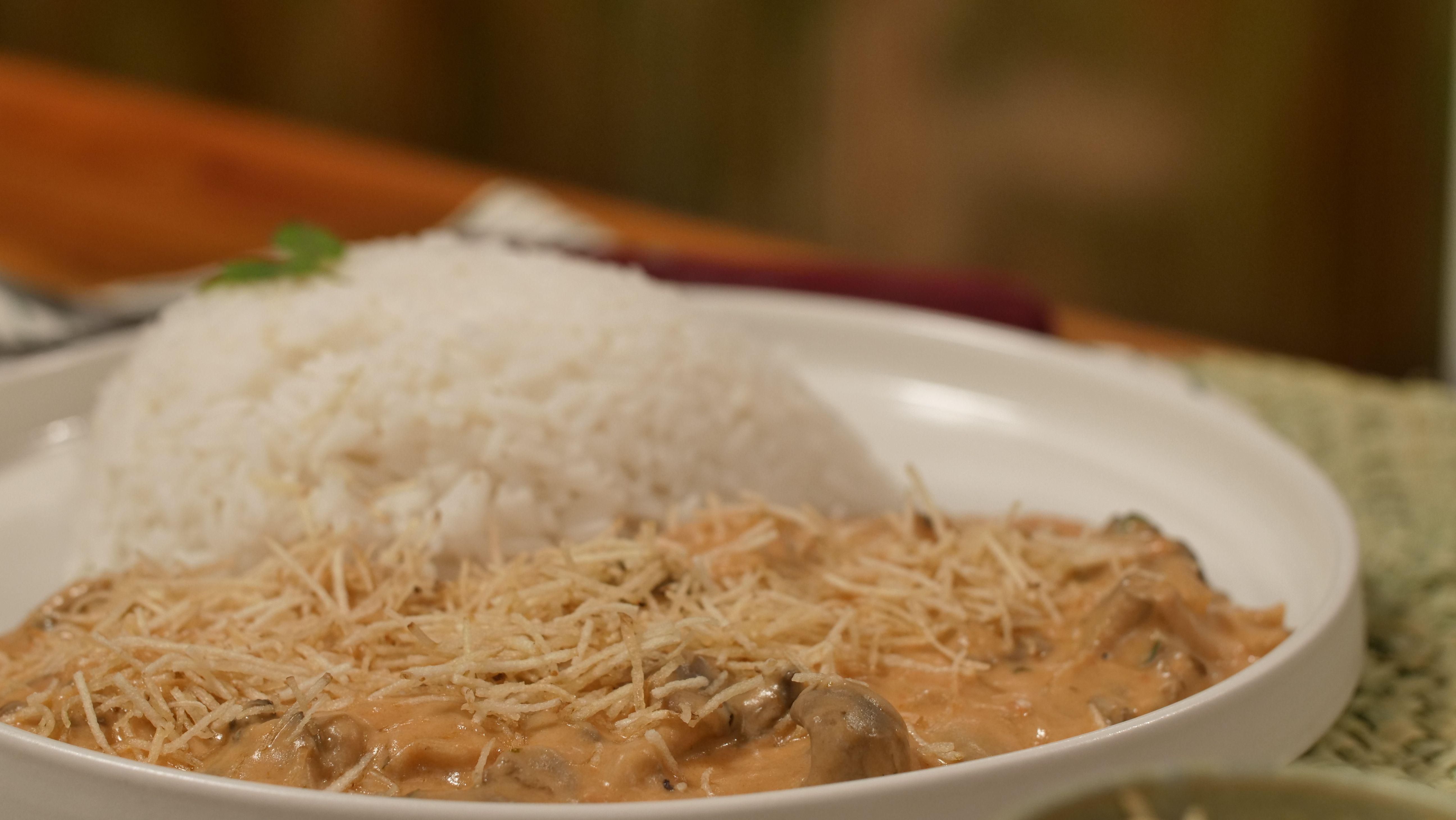Estrogonofe de cogumelos (vegetariano)