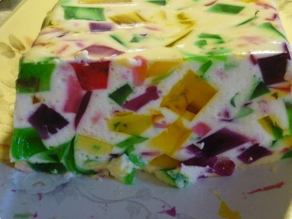 Gelatina colorida da Luh