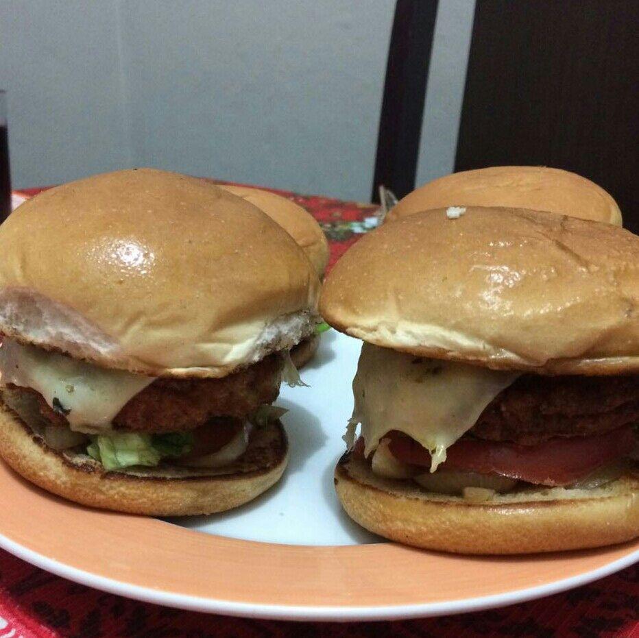 Hambúrguer de frango fit