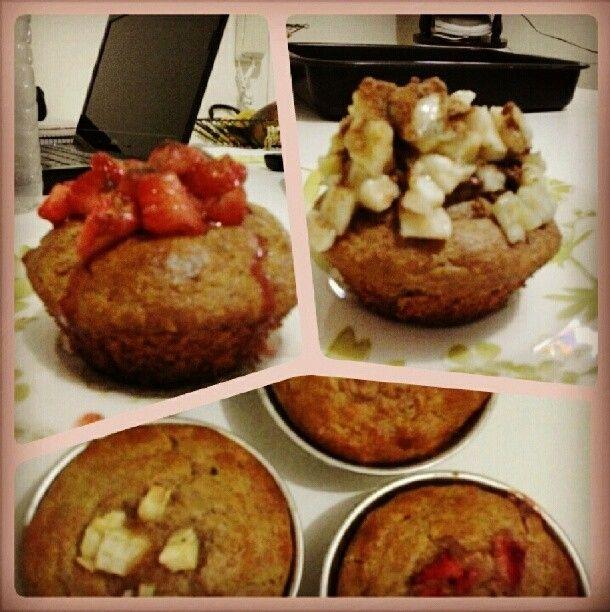 Muffins integrais (morango, banana ou maçã)