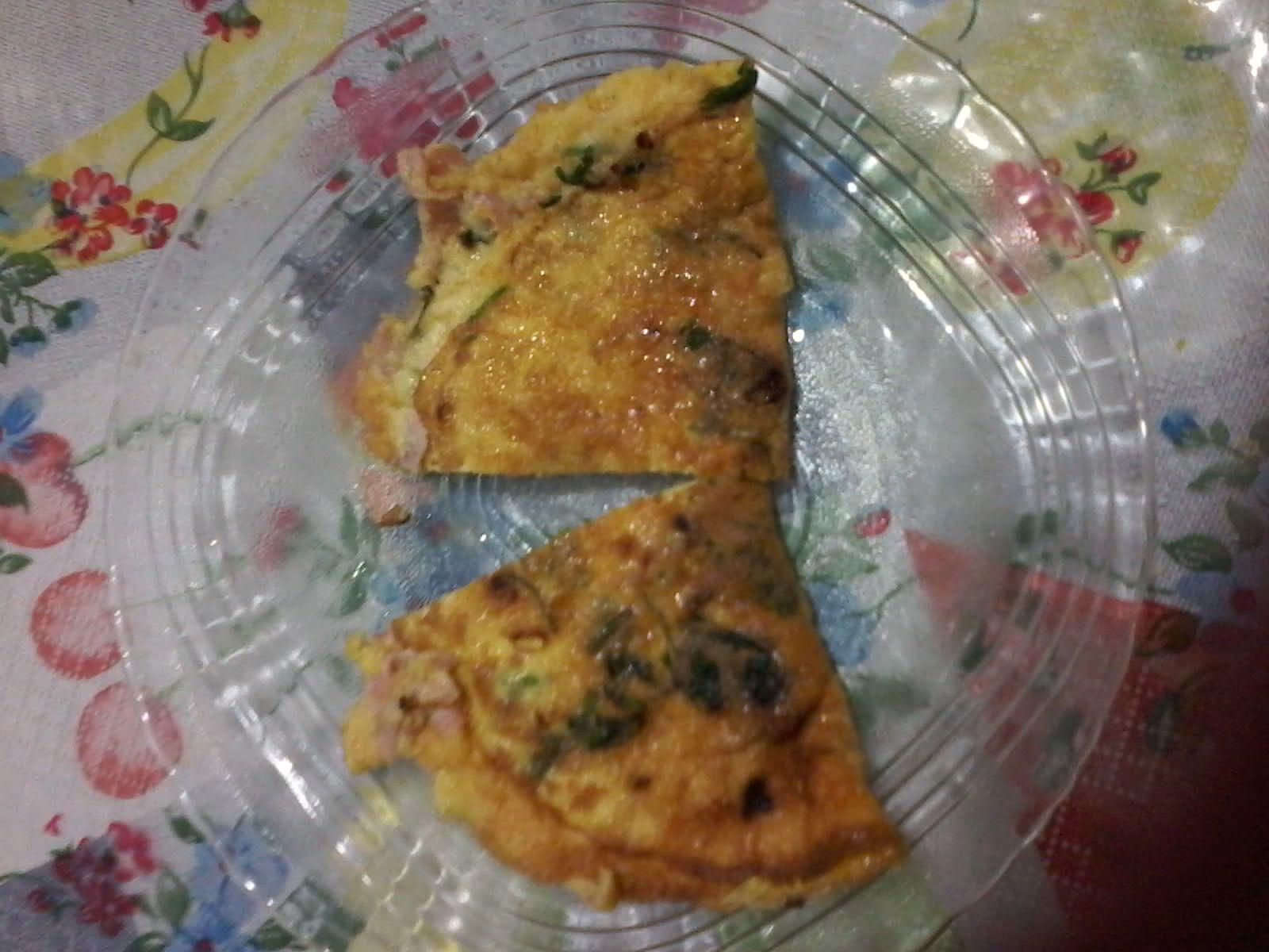 Omelete com queijo e presunto