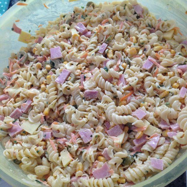Salada de macarrão da Bru